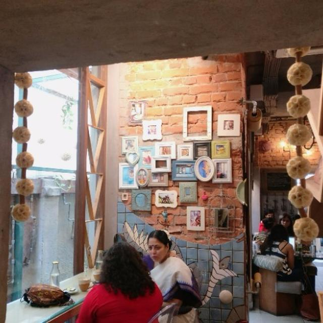 This Store & Cafe In Calcutta Is Right Out Of Pinterest